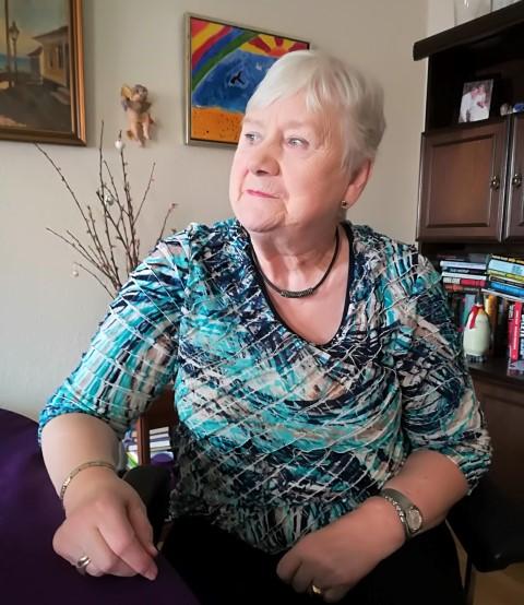 78 årige Ellinor og hendes 92 årige mand Willy havde set frem til installation af elevatorer.